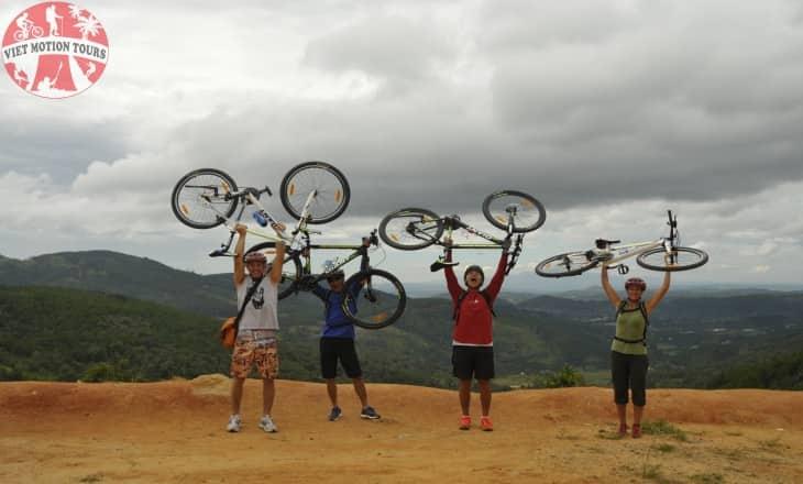 Crazy 8 - Mountain Biking