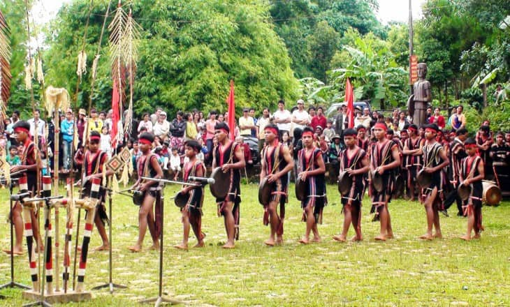 GONGS PERFOMANCE SHOW